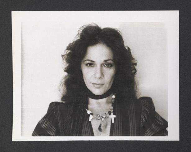 Ruth Kligman by Robert Mapplethorpe, 1972. ¬Image via the Getty Museum blog.