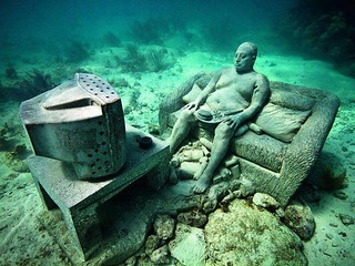 Text Box: Inertia, 2011. Jason deCaires Taylor, The Underwater Museum. https://www.flickr.com/photos/78134895@N03/12770648143