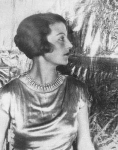 Photograph of Eileen Agar by Cecil Beaton from 1927