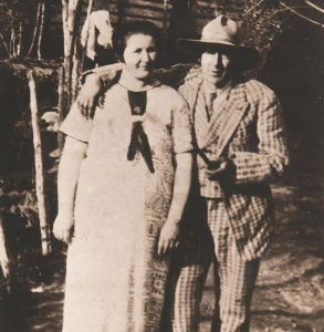 Nikolai Astrup and his wife Engel in their garden at Sandalstrand, 1920s. (Unknown photographer)