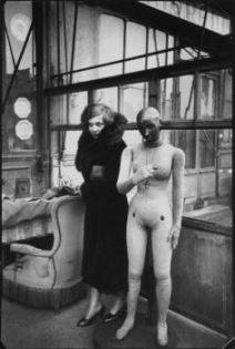 Leonor Fini in Paris, photographed by Henri Cartier-Bresson, a notorious French photographer known for his humanist approach and for capturing decisive moments of life. (1932)
