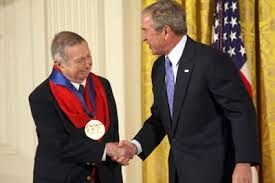 George Tooker receiving the National Medal of Arts in 2007.